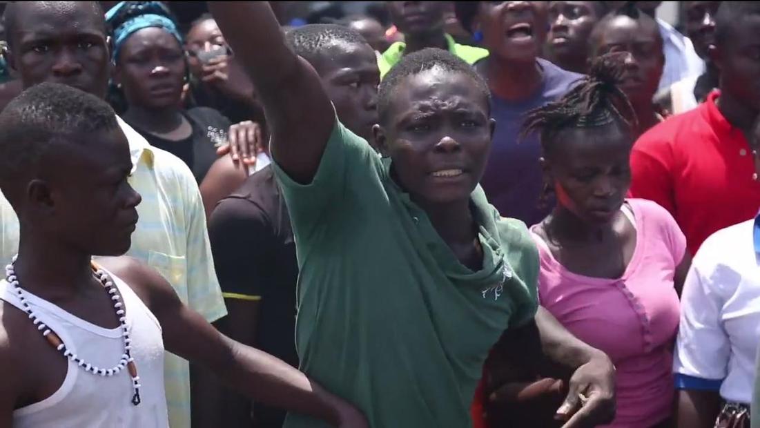 Fighting the Ebola Outbreak, Street by Street